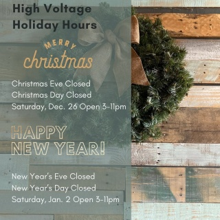 Check out our holiday hours!🎄🎉 :: Don't forget your mask! 😷